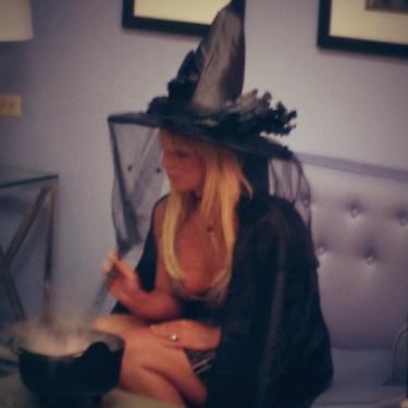 Halloween Veronica