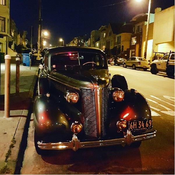 Машина на улице Сан-Франциско