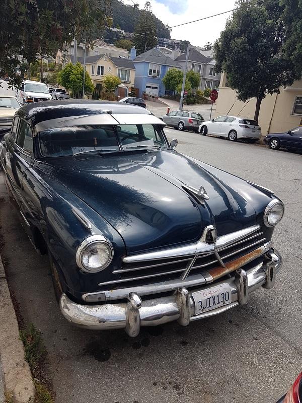Ретро машина в Сан-Франциско